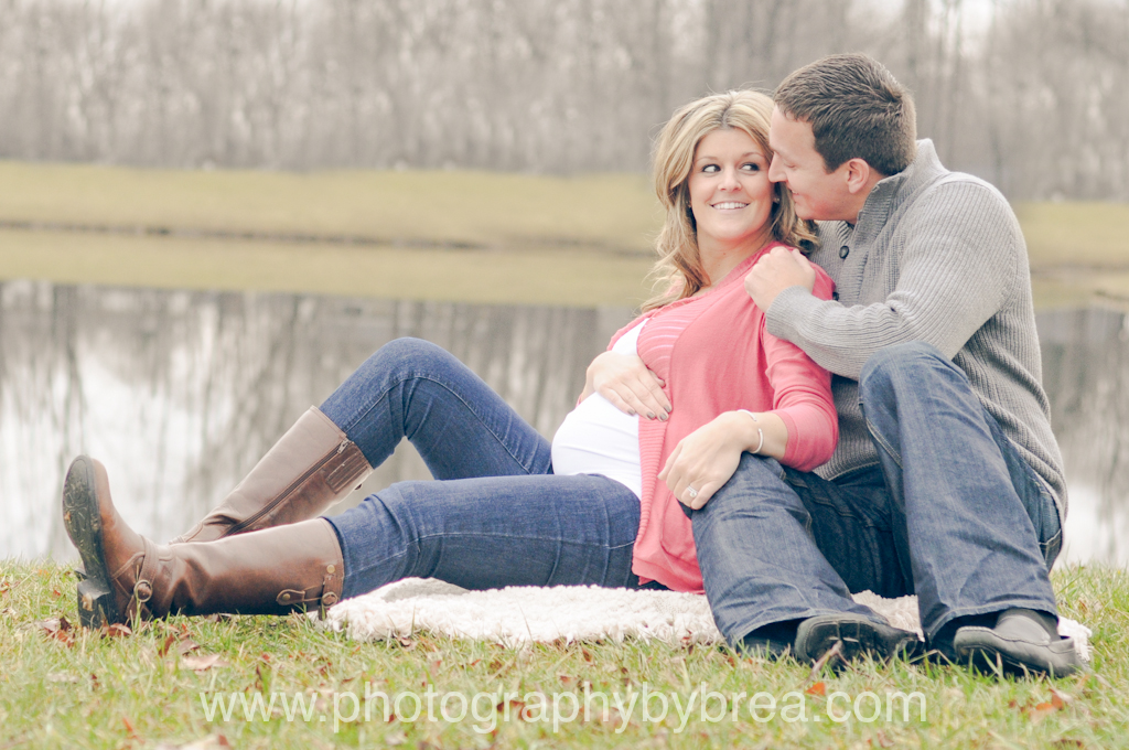 cleveland-outdoor-maternity-photographer