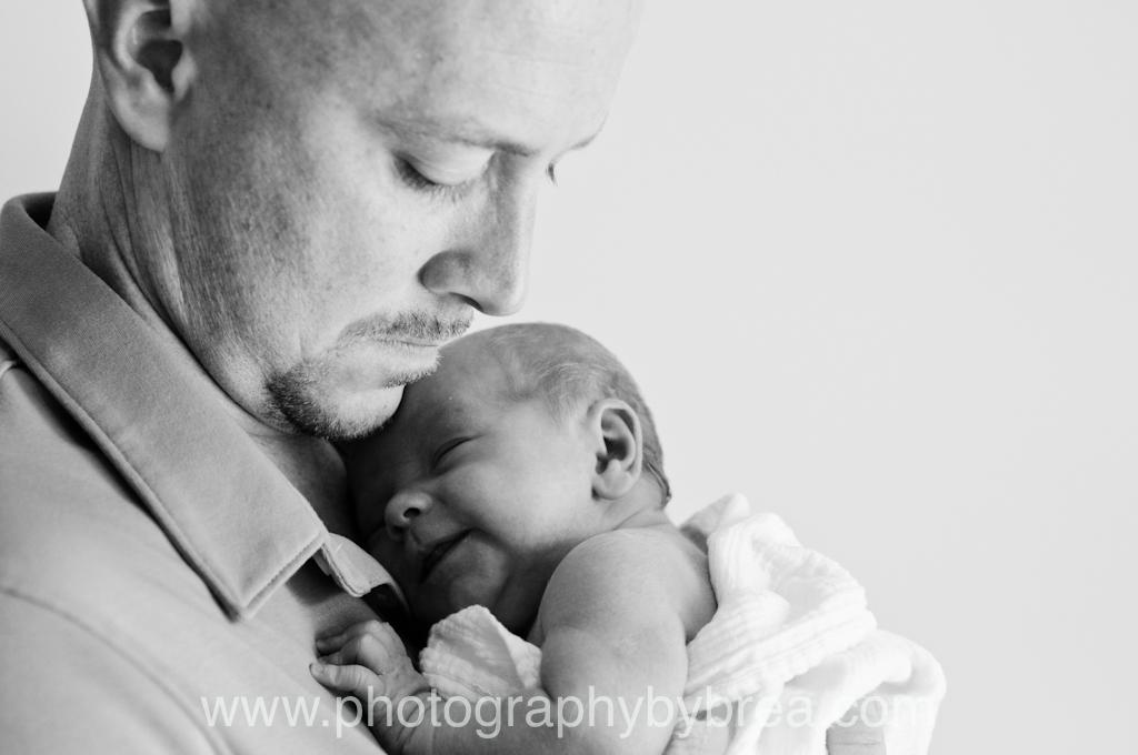 dad-newborn-photography