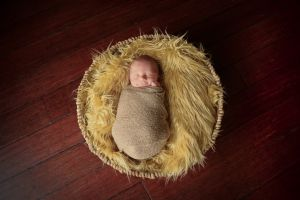 cleveland-avon-lake-newborn-photographer-1-16.jpg